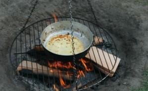 Pandekager og snobrød på bål